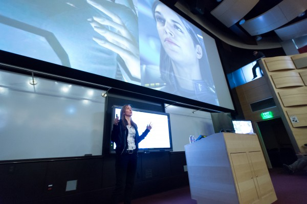 CSU Alumna Bonnie Ross, Corporate Vice President and Head of 343 Industries, Microsoft Corp, talks to students in the Behavioral Science Building. March 31, 2016
