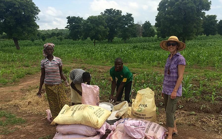 Jessie Luna with more cotton farmers in Brukina Faso