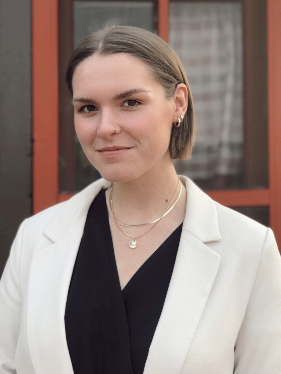 Zoe Schutte headshot